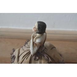 Statueta portelan cu pudriera Louis Philippe
