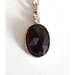 pandantiv granat diamant